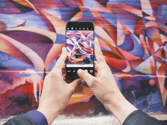 возможность отслеживать время нахождения в Instagram и Facebook