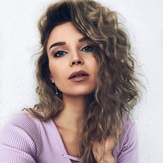Блоггер Анна Овсянкина