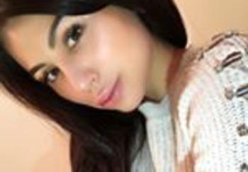 Блоггер Рина Адамиди