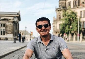 Блогер Альберт Каримов