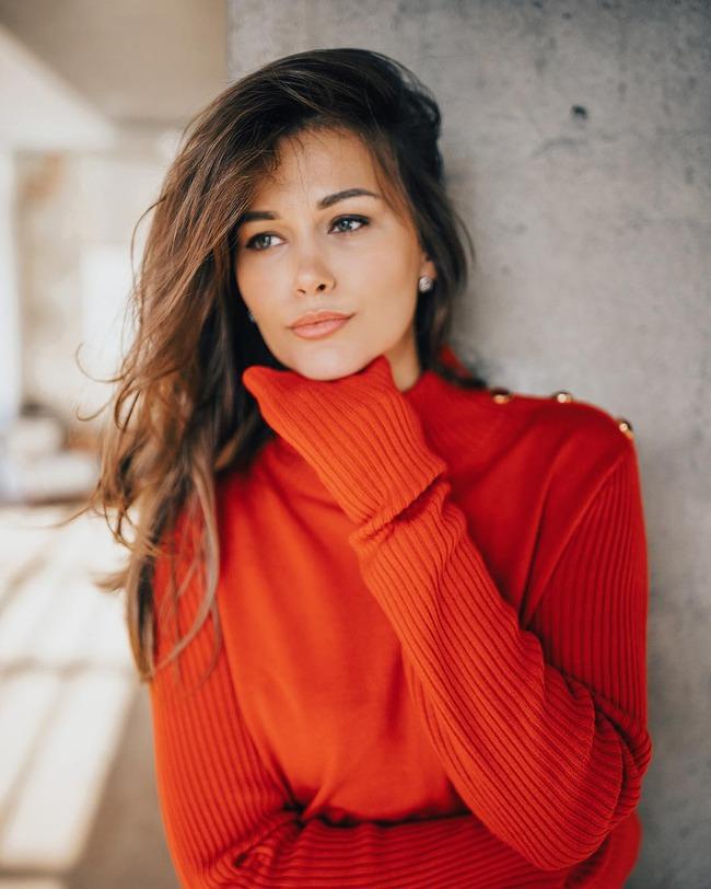 Блоггер Анастасия Кучерена
