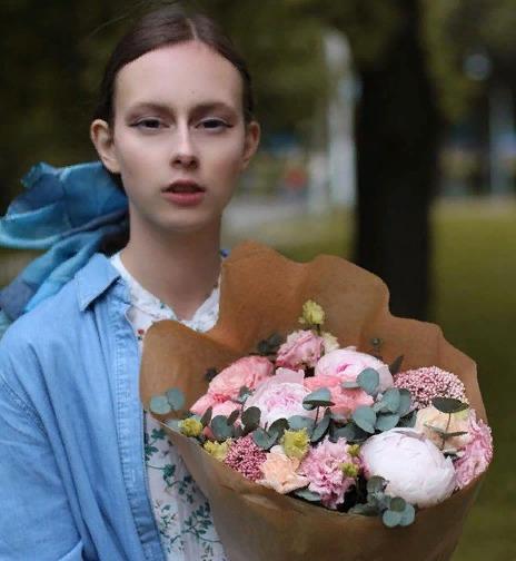 Блоггер Настасья Tot.eshe.frukt