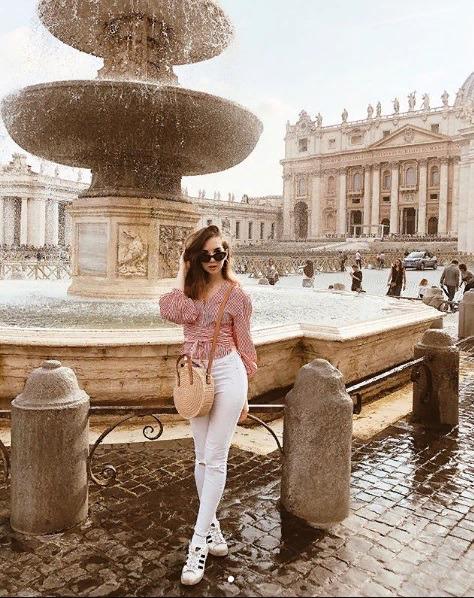 Блоггер Софи