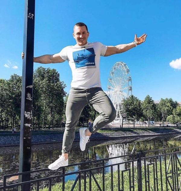 Блоггер Никита Серов