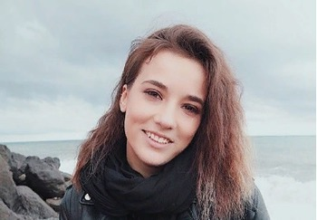 Блоггер Александра Бродская