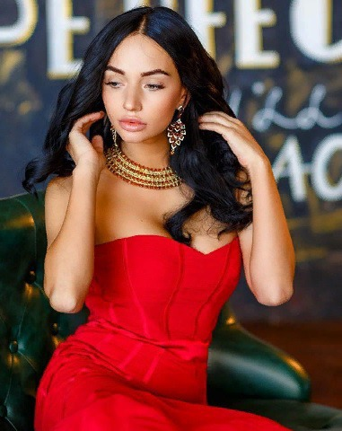 Блоггер Мариана Карпова