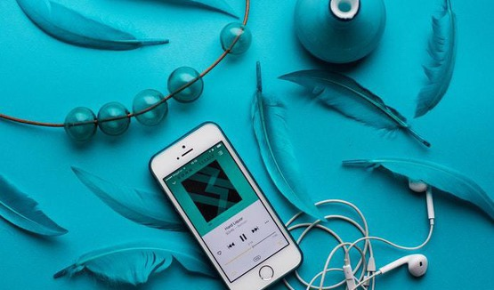 Apple удалит рекламу из Shazam