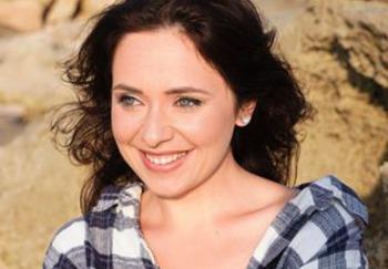 Блоггер Женя Белова