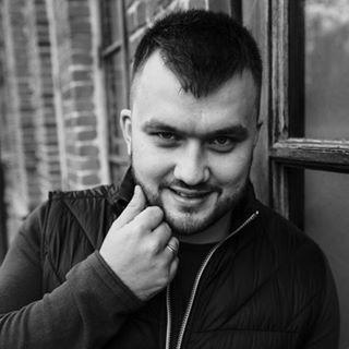 Блогер Николай Жаричев