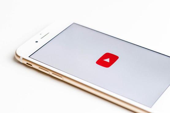 YouTube может  убрать рекламу из детского контента.