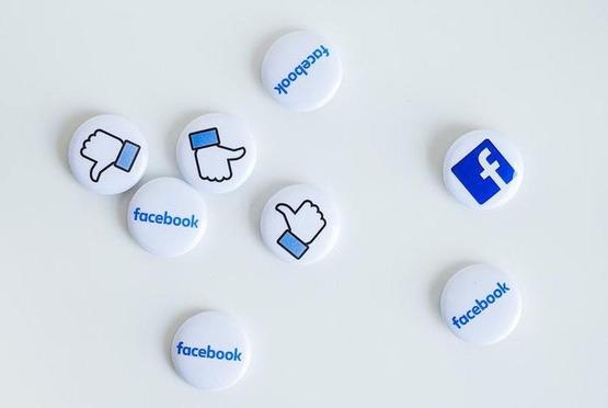Facebook Watch начал показывать рекламу под короткими роликами