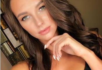 Блоггер Наталья Шувалова