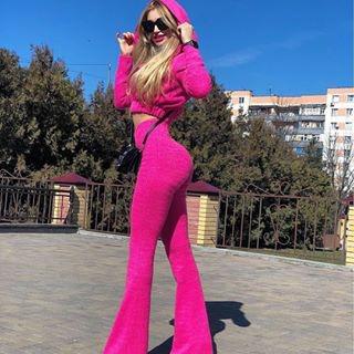 Блогер Залина Карданова