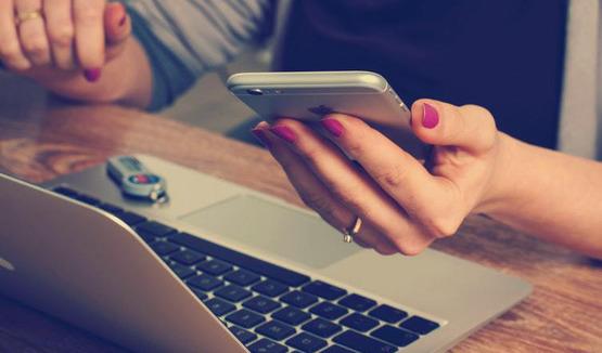 в России социальными сетями ежедневно пользуются 89 процентов подростков