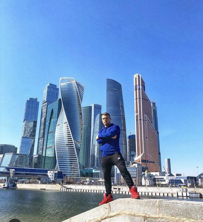 Блоггер Андрей Петров