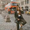 фото на странице Анастасия Мирен