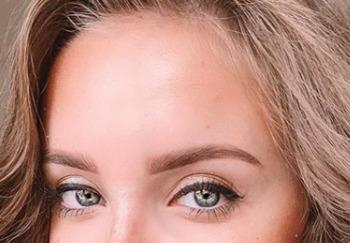 Блоггер Кристина Поли