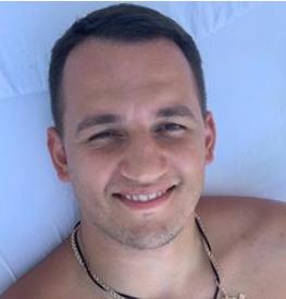 Блоггер Евгений Осколков