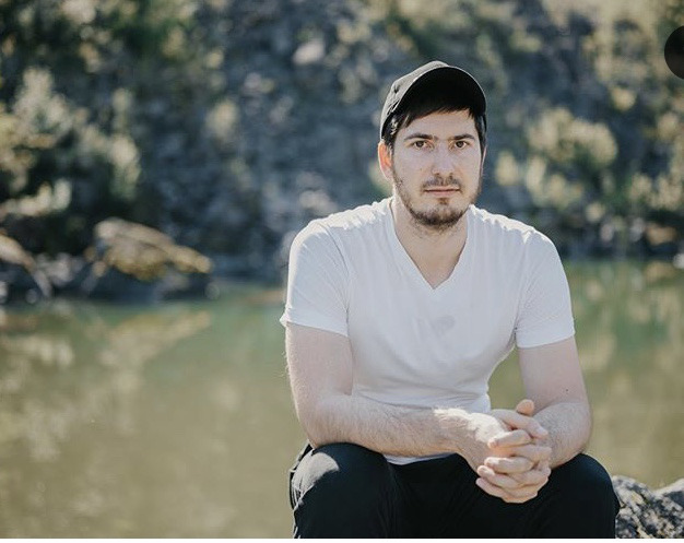 Блогер Павел Андреев