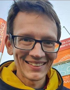Блогер Константин Академик