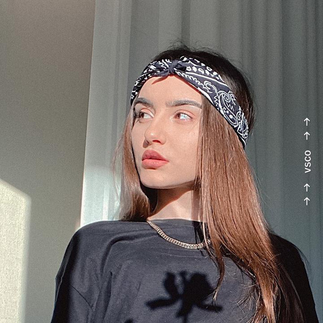Блогер Руслана Нифталиева