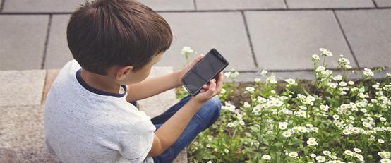YouTube уже «отдаёт» зрителей в детский Рунет