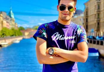 Блогер Иван Николаев