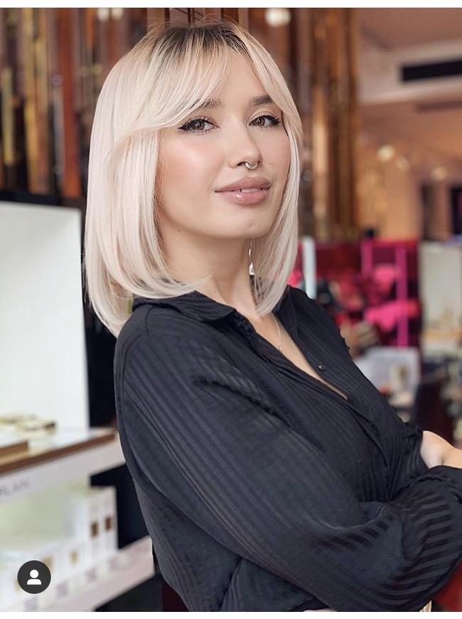 Блогер Марина Мебония
