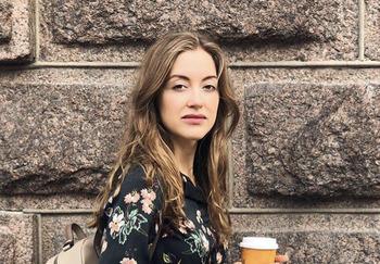 Блогер Анастасия Озерова