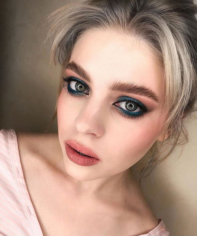 Блогер Елена Вахрамеева