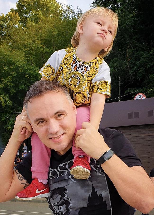 Блогер Михаил Шахиджанов