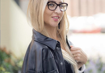 Блогер Виктория Миронова
