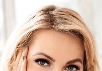 Блогер Алена Попова