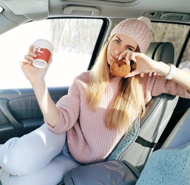Блогер Анастасия Свит фит