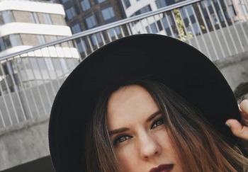 Блогер Елена Пискарева