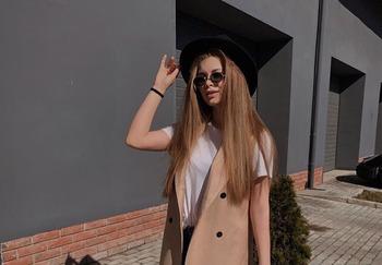 Блогер Ангелина Бурцева