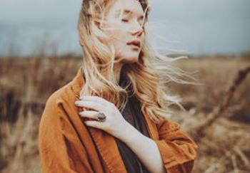 Блогер Анастасия Шураева