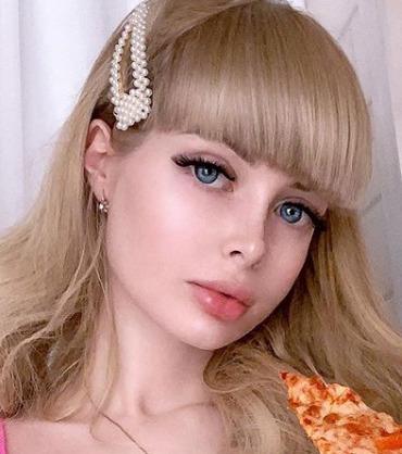 Блогер Анжелика Кенова