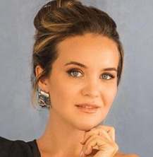 Блогер Юлия Родочинская