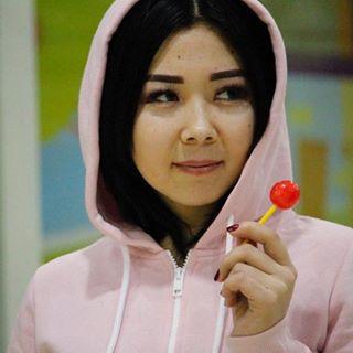 Блогер Самара Кадырова