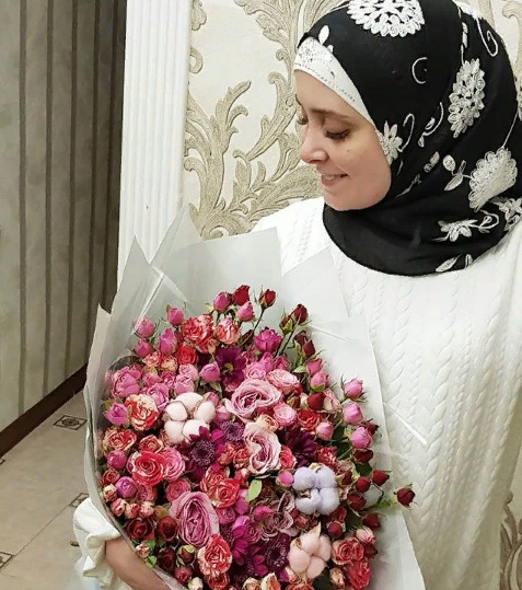 Блогер Мадина-Хаджи Багатаева