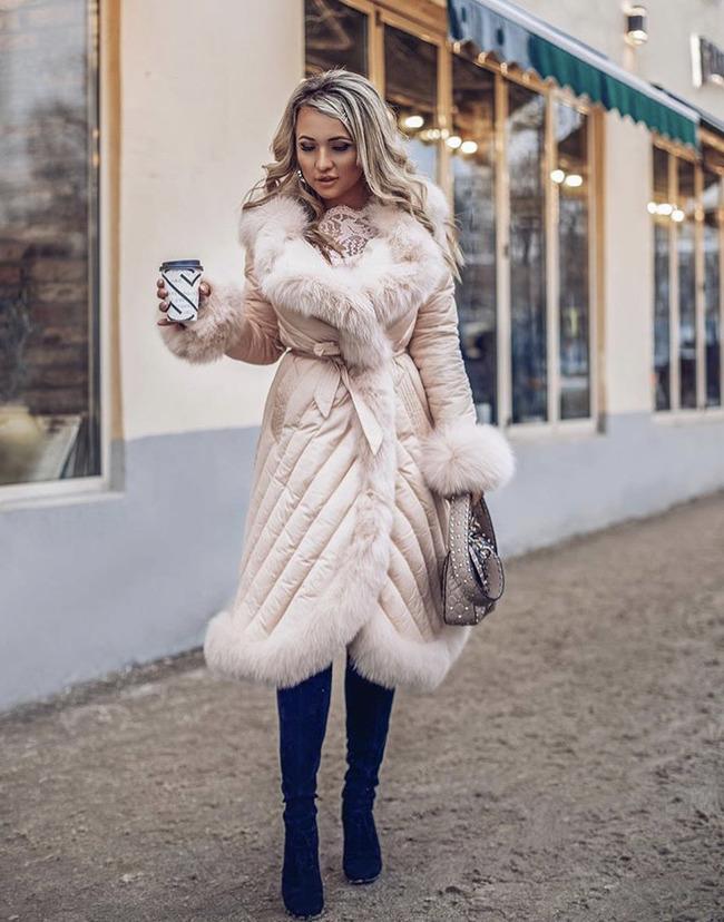 Блогер Ольга Просветова