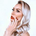 Блогер Еся Сосновая