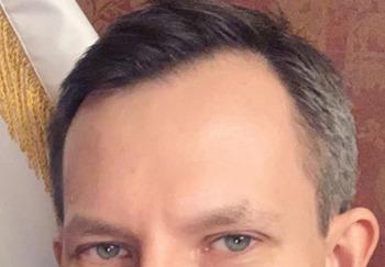 Блогер Евгений Мартынов