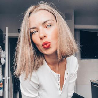 Блогер Милана Йованович
