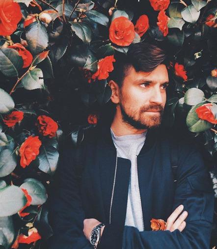 Блогер Александр Чернов