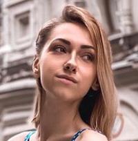 Блогер lizzi_izzi