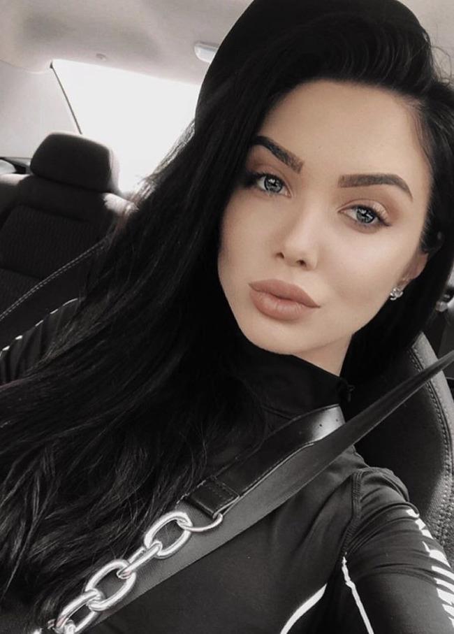 Блогер Полина Мороховец