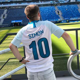 Блогер Александр Симон