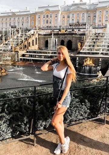 Блогер Анастасия Sweet